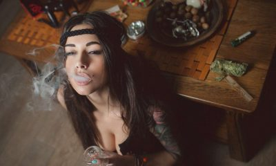 girl that smokes weed date