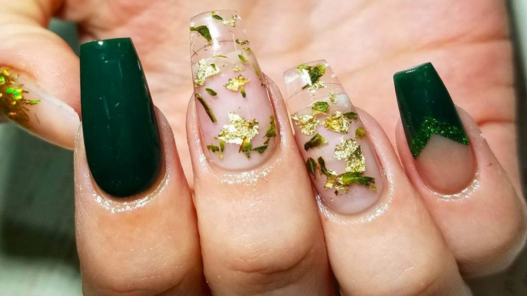 Bud-ding Fashion: The Bad n Boujee Style of Weed Manicures